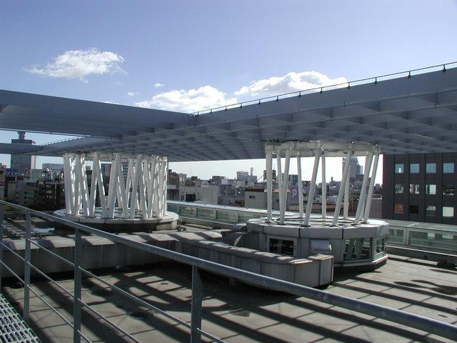 写真:屋上南西側